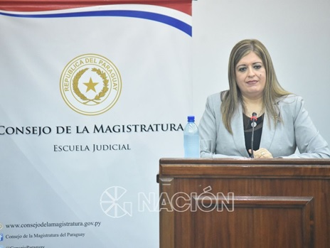 Sandra Quiñónez Astigarraga - Fiscal General del Estado