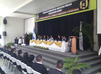 Ministerio Público Hondureño certifica 152 nuevos agentes de investigación.